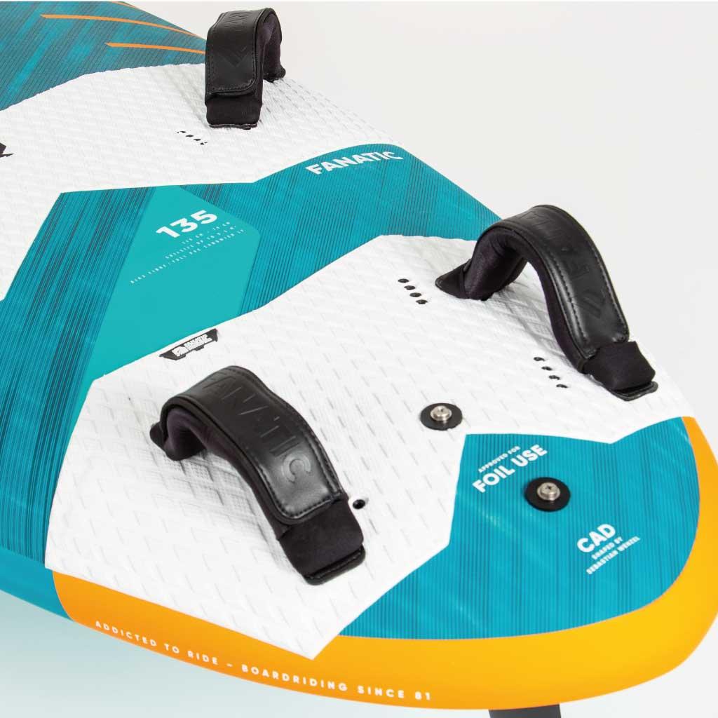 Lexique voile et kitesurf - Straps